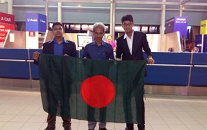 Students with Bangladesh Flag